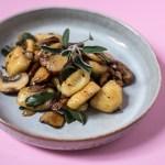 Vegane, glutenfreie Gnocchi – proteinreich & schnell gemacht
