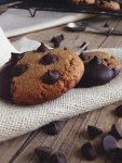 Chocolate Chip Dipped Crunch Cookies