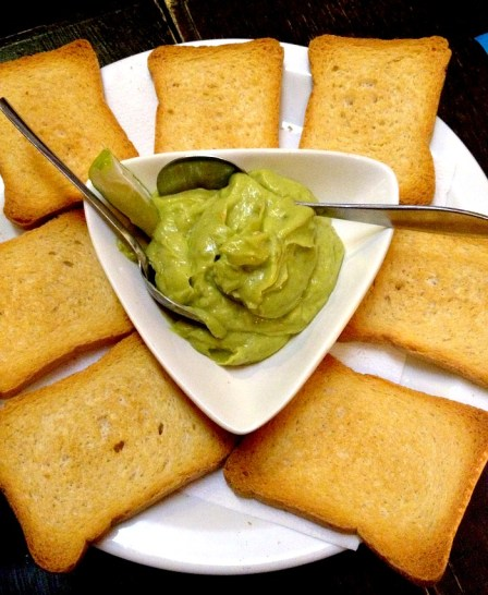 Guacamole & Toasts