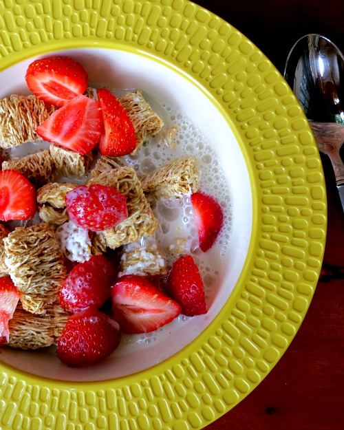 Frosted Mini Wheats with Strawberries