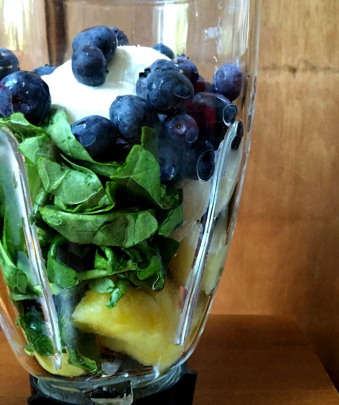 Pineapple, Spinach, Blueberry, Banana and Greek Yogurt Smoothie