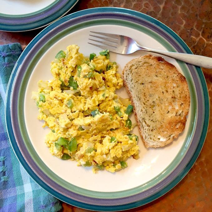 Scrambled Eggs and Rye Bread Toast