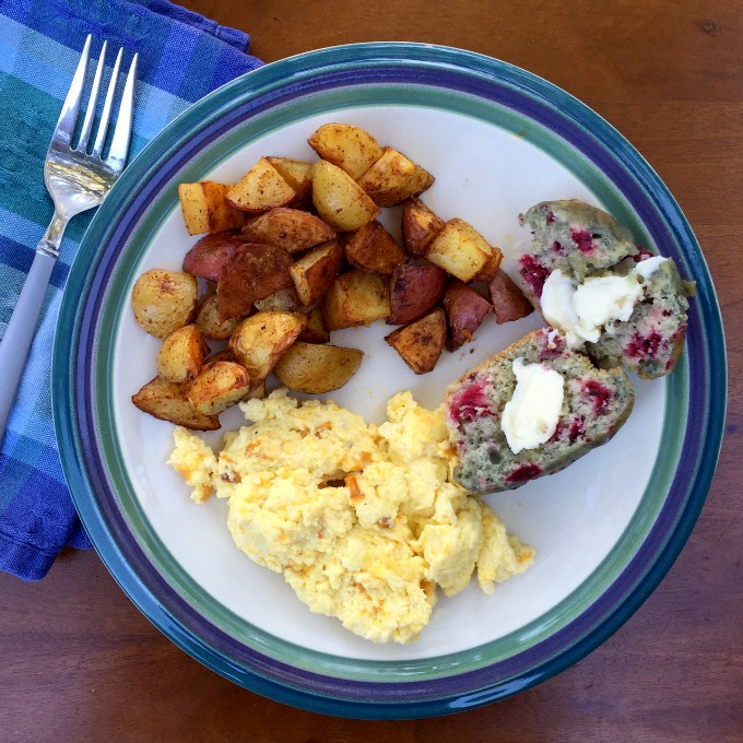 dinner-scrambled-eggs-potatoes-and-raspberry-muffin