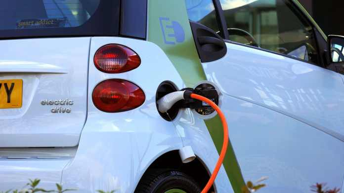 new law makes it easier for british columbians to buy electric cars