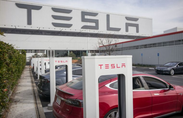 Tesla will cash in on surging stock price with $5 billion stock sale
