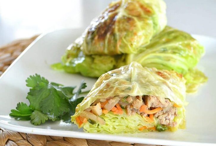These Asian Style Cabbage Wraps Are the Perfect Low Carb Dish