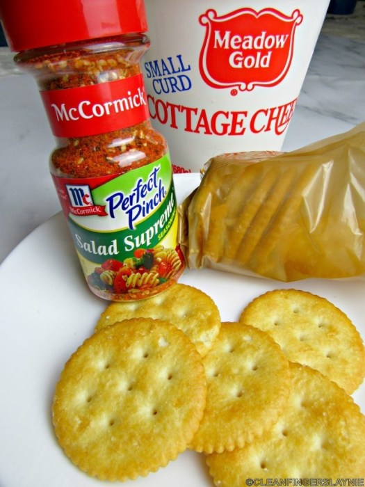 Cottage Cheese and Crackers Ingredients