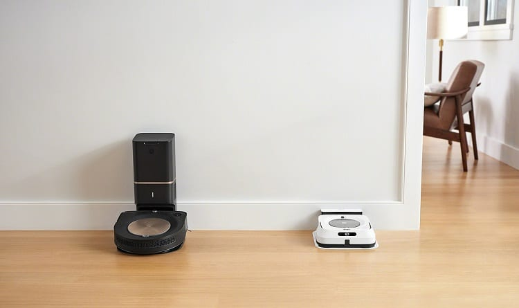 base for robotic cleaner by the wall