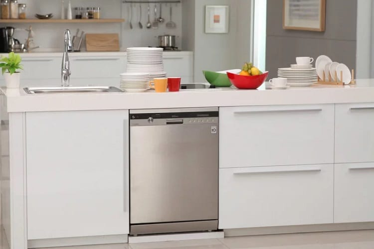 Can You Wash Vertical Blinds in the Dishwasher?