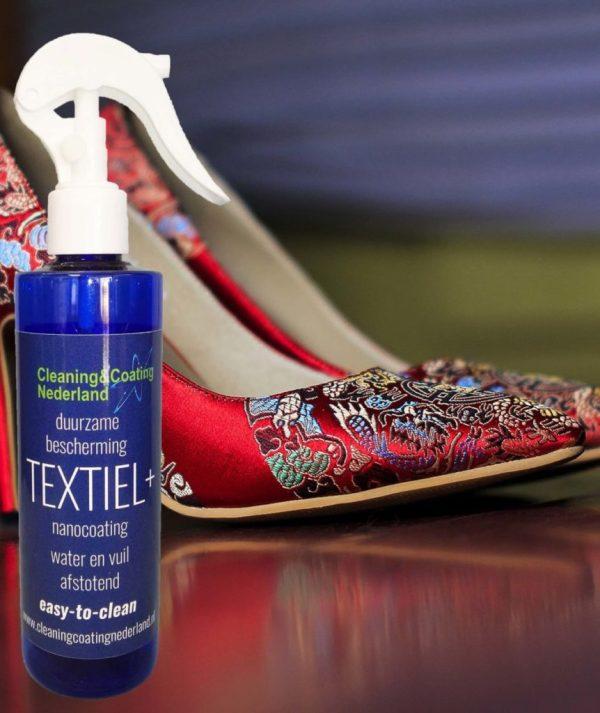 nanocoting textiel+ en rode geborduurde schoenen