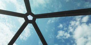 wellness centrum glazen koepel voorzien van nanocoating