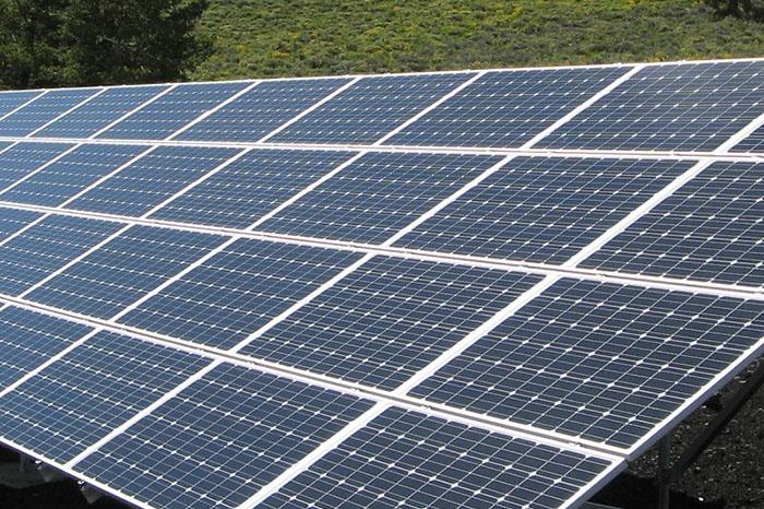 zonnepanelenpark heeft een langere levensduur vanwege nanocoating
