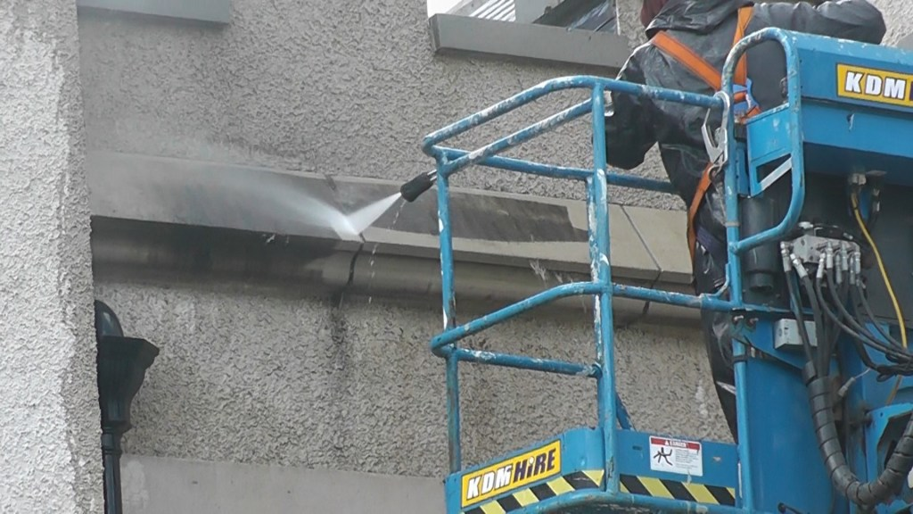 cleaning doctor property commercial outdoor cleaning service