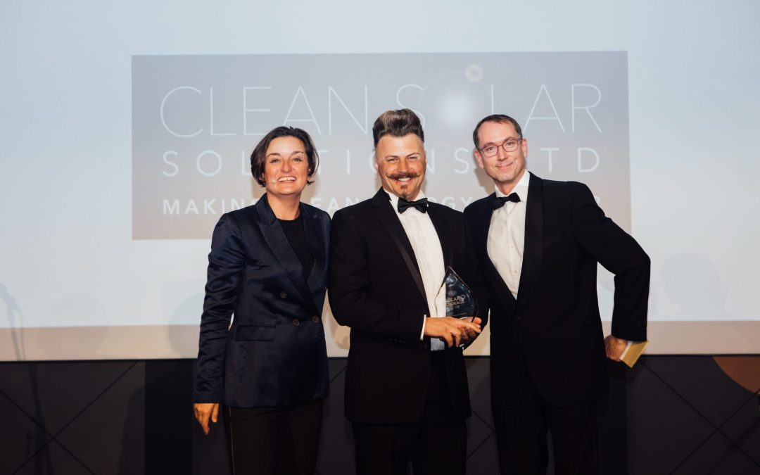 "Steve Williams Scoops ""Solar Innovator of the Year"" Award"