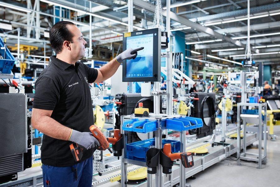 Mercedes-Benz Werk Düsseldorf feiert