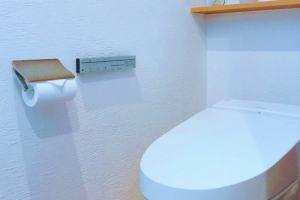 臭わないトイレにするために壁の拭き掃除をしてみましょう