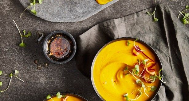 ginger maple carrot soup
