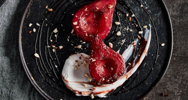 Mulled Wine Poached Pears Recipe