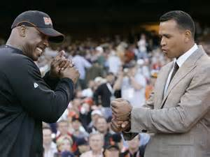 Alex Rodriguez getting hitting advice from Barry Bonds.