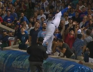 anthony-rizzo-foul-ball-catch