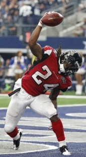devonta-freeman-nfl-atlanta-falcons-dallas-cowboys-850x560