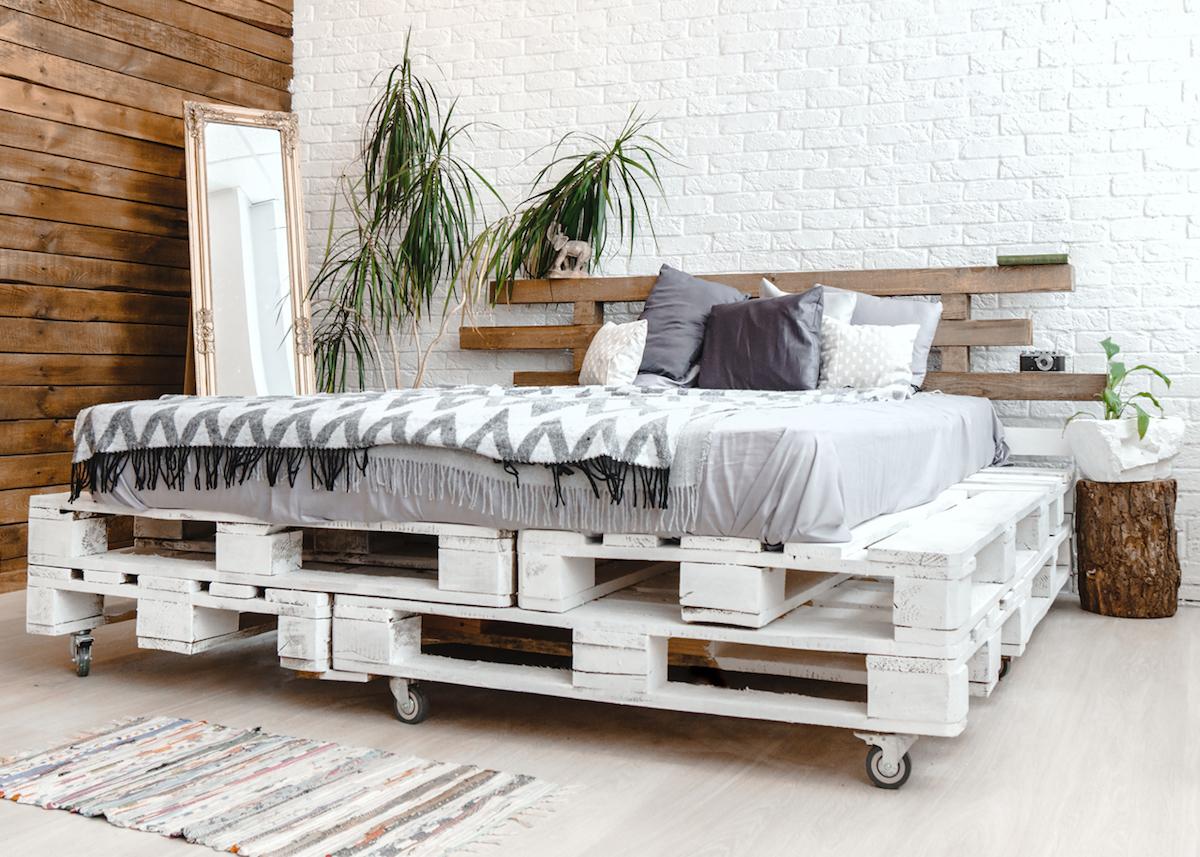 comment faire un lit en palette - blog déco - clem around the corner
