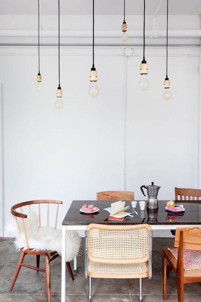 Assortir Des Chaises Dépareillées Scandinaves Hygge Salle à Manger Blog Déco  Clem Around The Corner