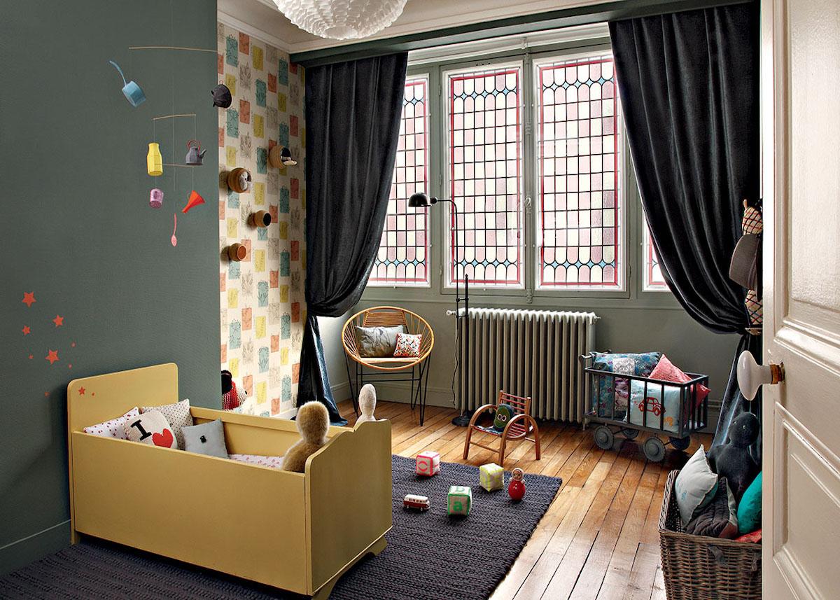 Une chambre enfant kaki pour un univers doux - Clem Around ...