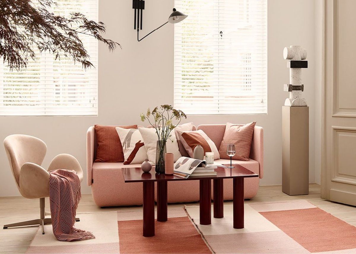 déco rose blush salon canapé fauteuil atmosphère feutré élégant - blog décoration - clem around the corner