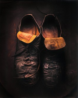 Roberto Clemente Cleats The Clemente Museum features the world's largest exhibited collection of Roberto Clemente baseball artifacts, works of art, photographs and memorabilia of his teammates, his personal life, and his humanitarian causes.