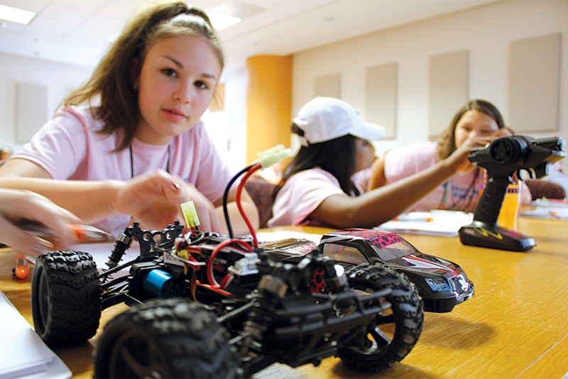 Duke Energy continues to support two Clemson summer programs for middle school girls and incoming college freshmen interested in the STEM fields.