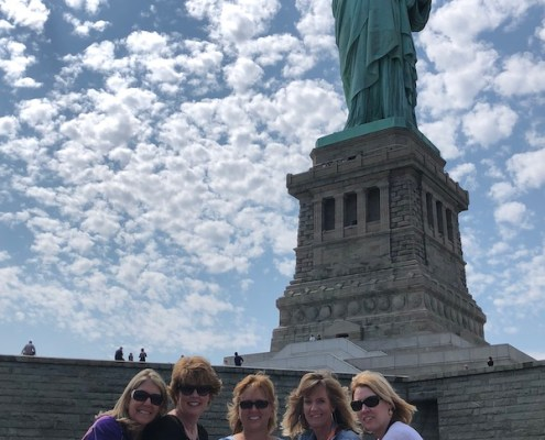 New York: Beverly Hatchell Elmore '90, Lesa Crow Bolin '90, Renee Van Buren Godwin '90, Rhonda Dickerson Barinowski '89 and Leigh Ann Truesdale Bingham '89