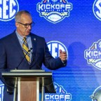 SEC Commissioner: Fans That Want Football Should Stop Politicizing Medical Guidance