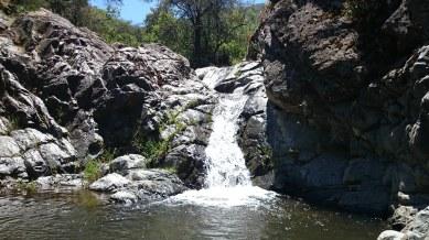 Cascada de agua fría
