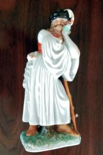 Herend-Standing-Shepherd