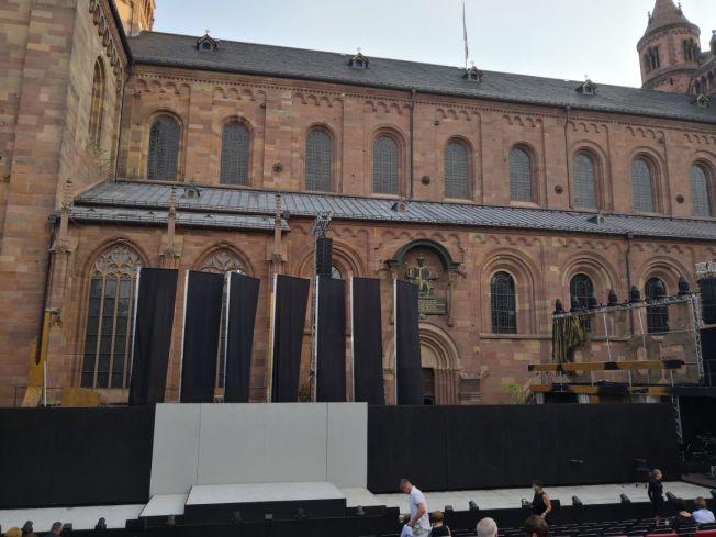 Die Bühne vor der Aufführung