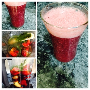 Berry Banana Wheatgrass Smoothie