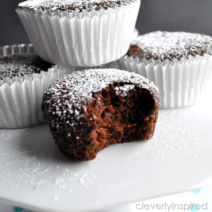 2 point dessert brownie cupcake @cleverlyinspired (8)