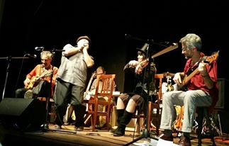 https://cliccalivorno.it/wp-content/uploads/2016/11/Jug-Band-Al-Teatro-Del-SaleCliccaLivorno.jpg