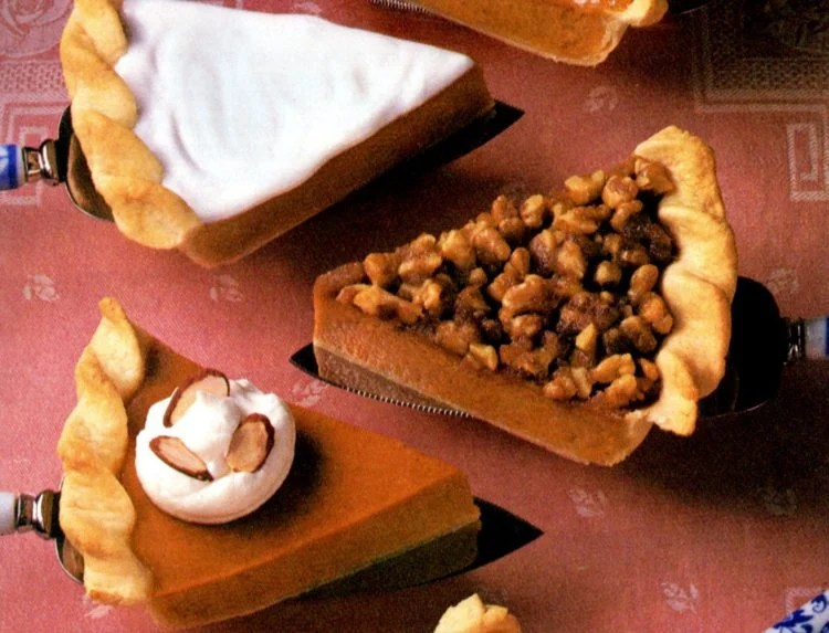 14 different delicious and creative pumpkin pie toppings to try - Creamy crunchy sweet tangy