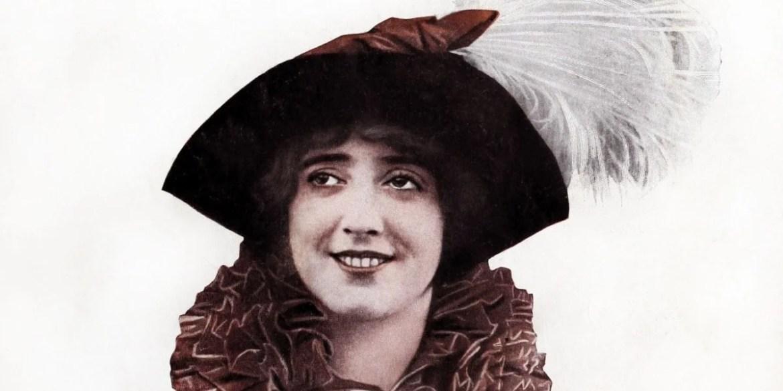 1915 pretty eyelashes