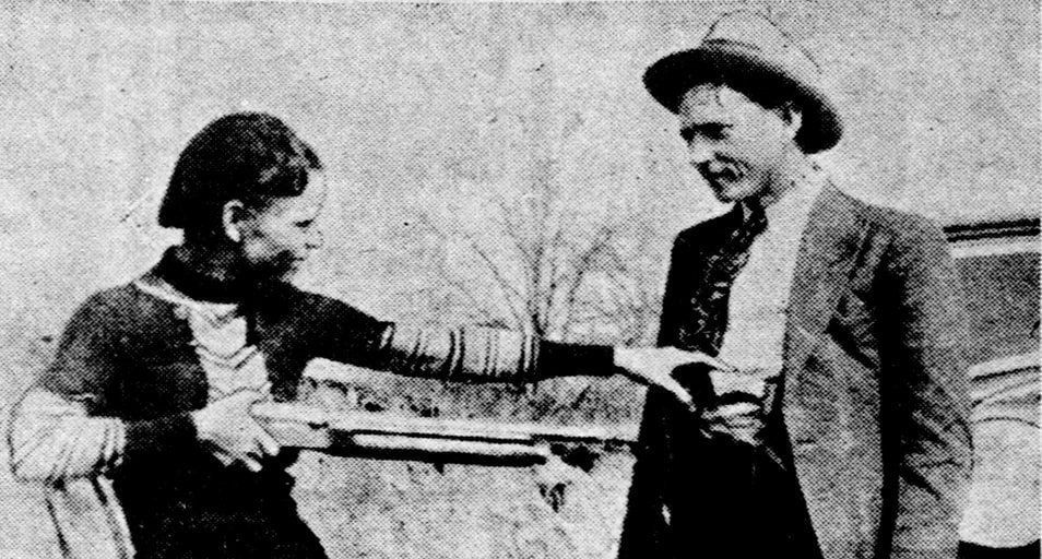 The Real Bonnie Clyde Texas Officers Trap And Kill Notorious Duo