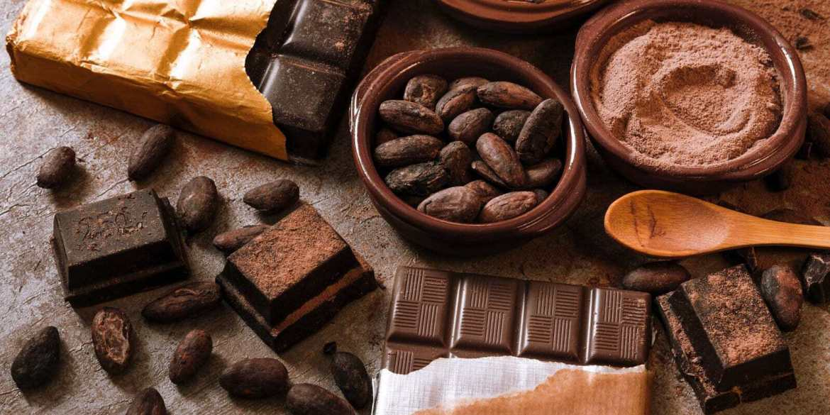 Classic chocolate candy recipes for Christmas from a century ago