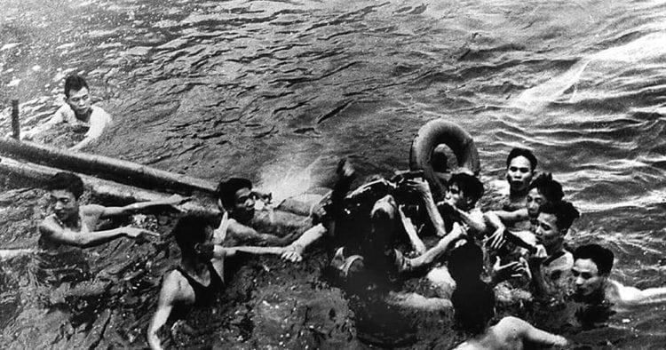 McCain captured by Vietnamese 1967