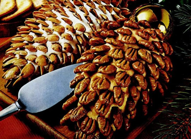 Nutty cheese pinecones - Cheese balls from December 1970 (1)