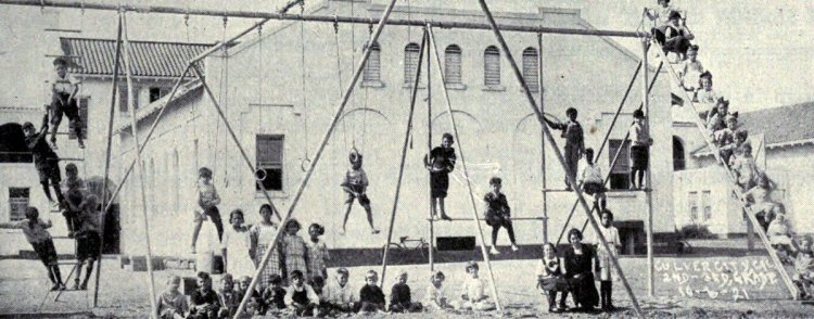 Old playground equipment and fun for kids from the 1920s (11)