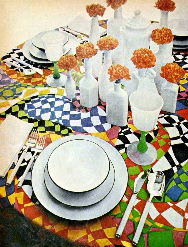 40 Vintage Centerpiece Ideas Table Decor From Yesteryear Click Americana