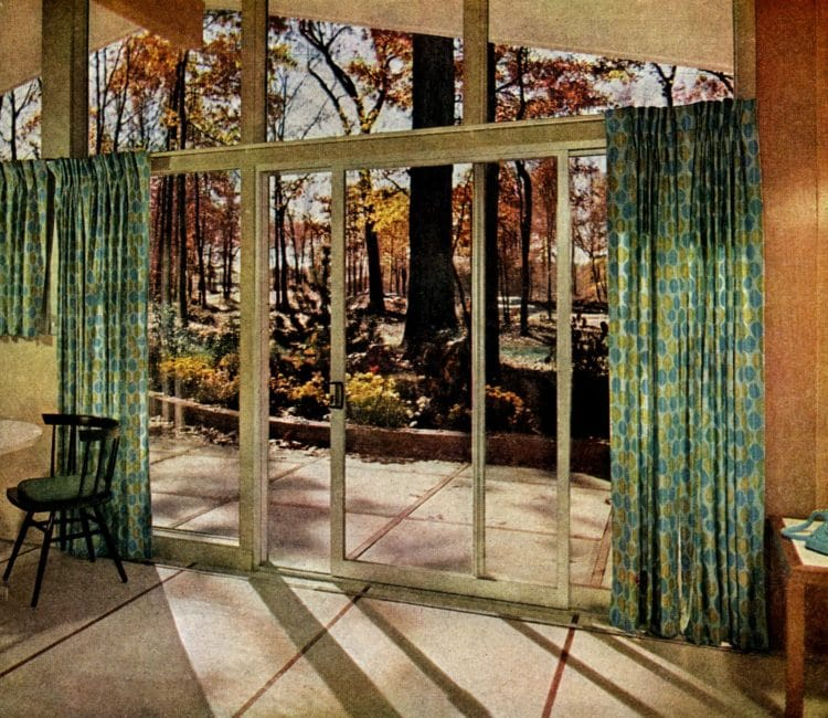Scholz Mark 58 mid-century modern model home kitchen-family room (3)