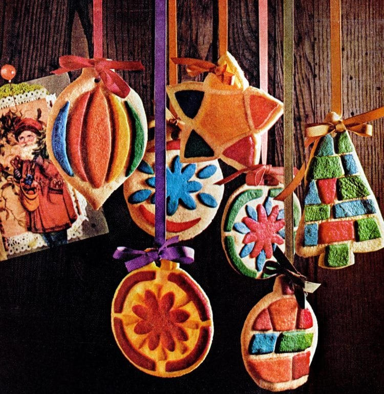Stained glass Christmas cookies - Vintage recipe 1960s