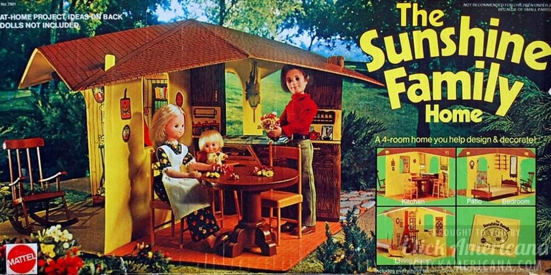 The Sunshine Family Home (dollhouse) - Vintage toyts